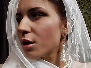 Bride likes her new father..