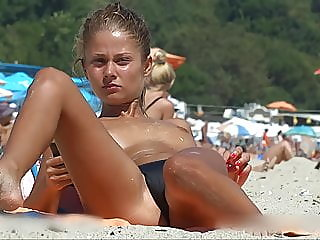Beachspy Topless Teen Comp. 1