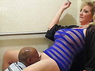Hot Swinger Wife