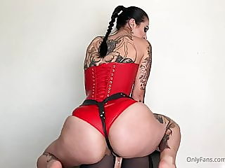 Mistress shows how to..