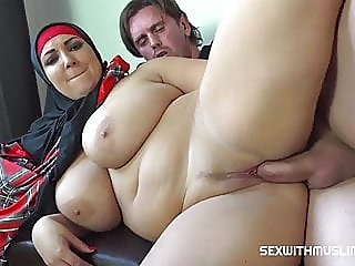 Sex with Muslims in hijabs