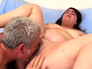 Jeffs Models - Eating BBW..