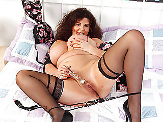 English milf Gilly's..