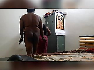 Indian chubby aunty fucking..